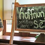 Environmental artist Paul Chartrand presents his plant-powered installation, 'hoffnung sehen'